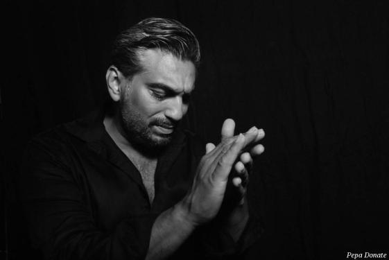 Melchor Campos présente un spectacle de chant flamenco. Sud Flamenco Productions, structure basée à Toulouse (France), gère la diffusion de son récital, ainsi que celui de Rafael Pradal, piano flamenco.